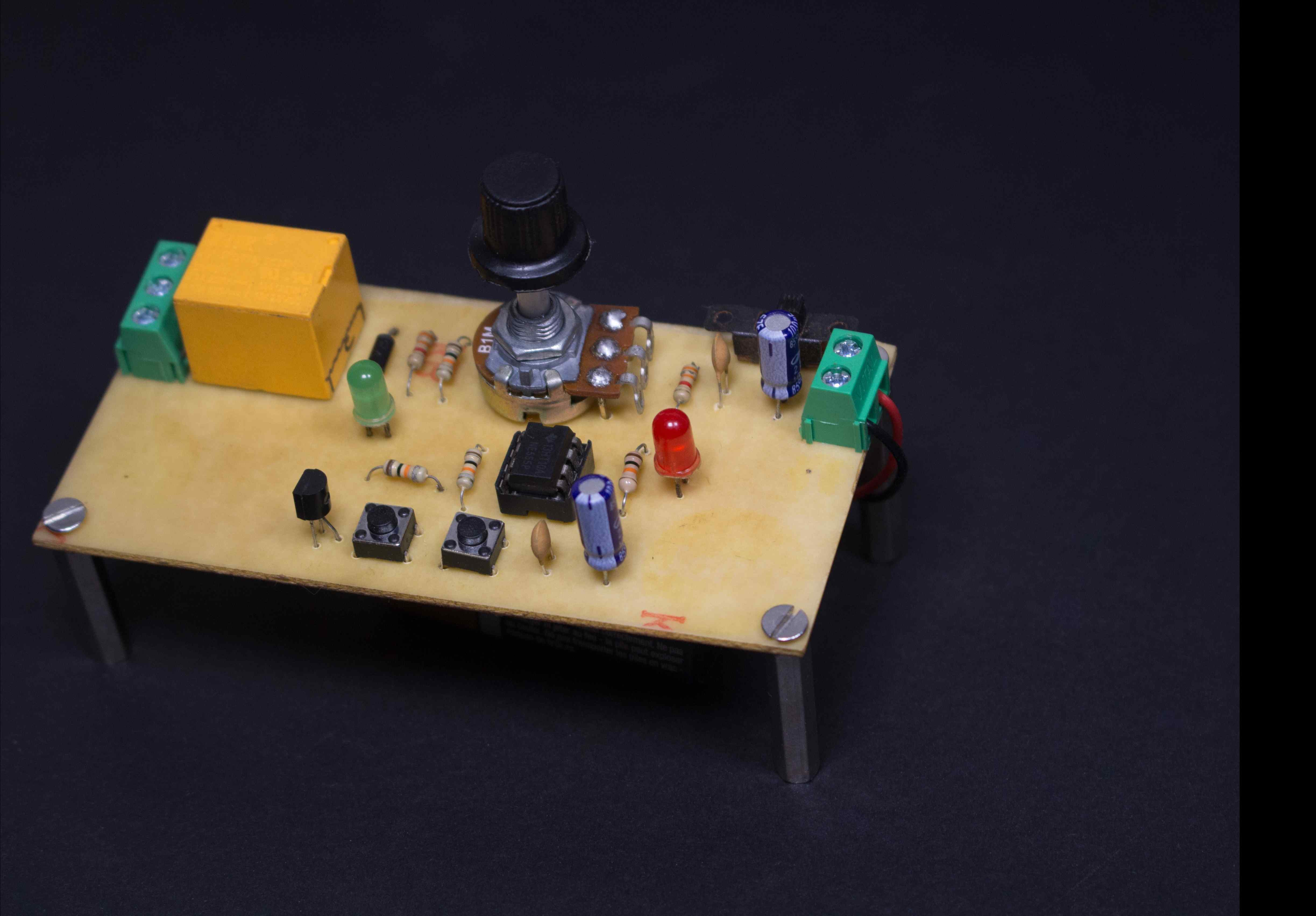 Comparator Not Working With Transistor Electronics Forum Circuits